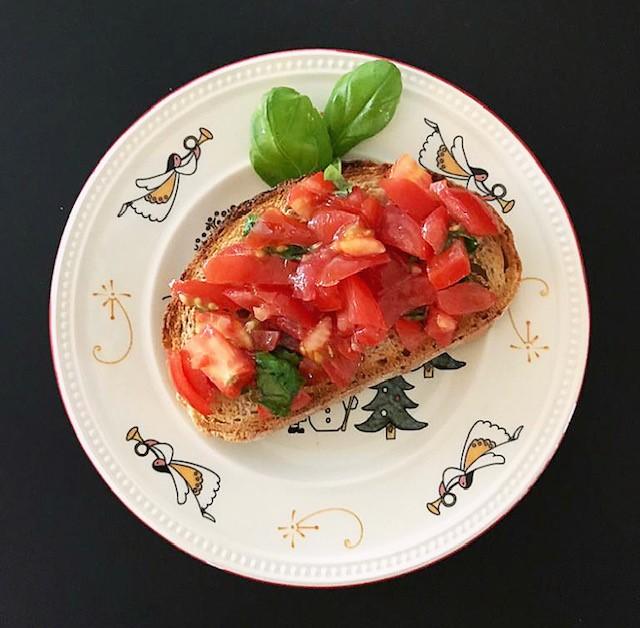 Buschetta van tomaat