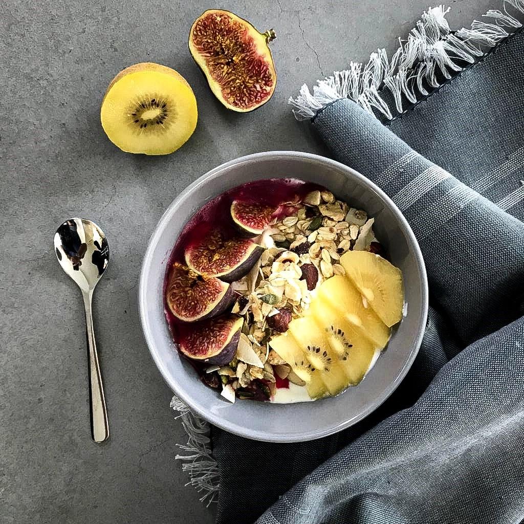 Ontbijt met home-made granola