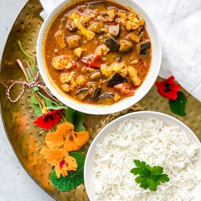 Bloemkool aubergine curry