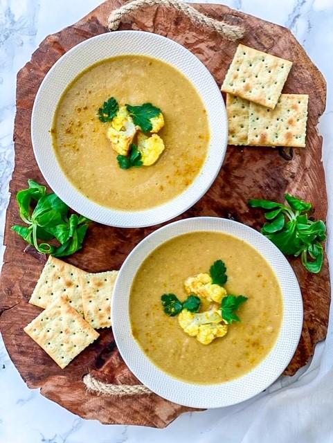 Bloemkool-kerrie soep