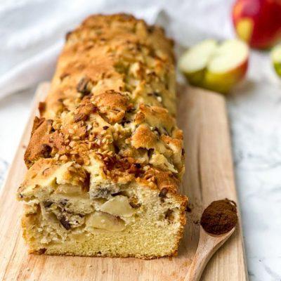 Appel kaneel cake met pecan en hazelnoten