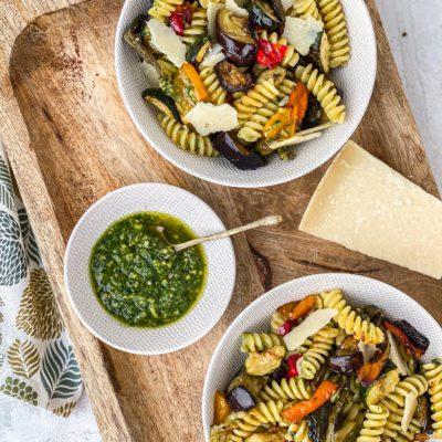 Pasta pesto met gegrilde groenten