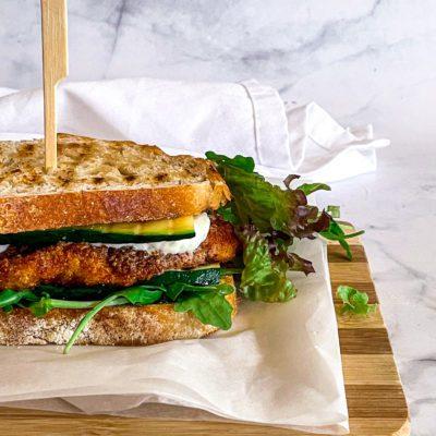 Krokante kip sanndwich